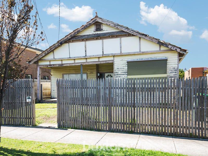10 Carlyon Street, Ormond, Vic 3204