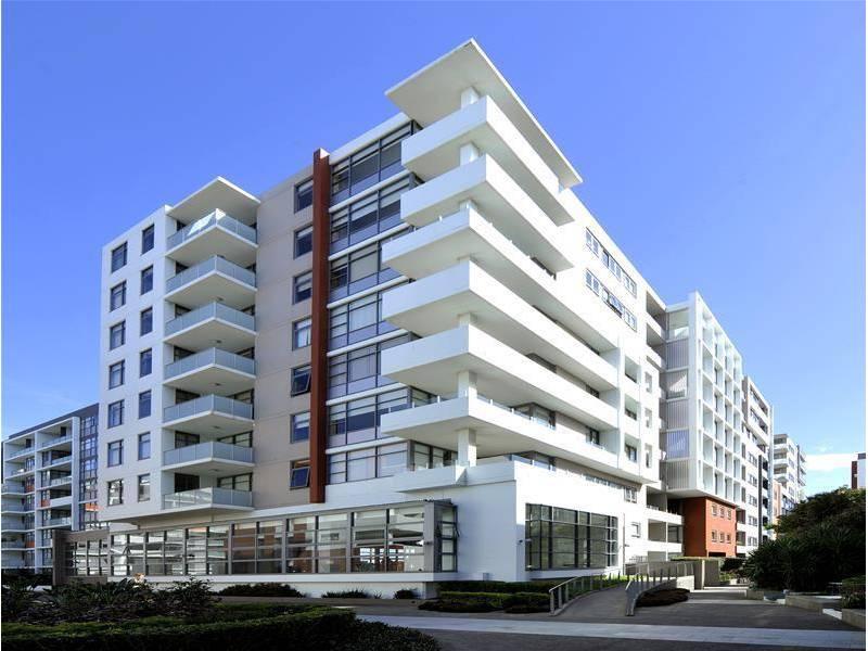 811/1 Bruce Bennett Place, Maroubra, NSW 2035