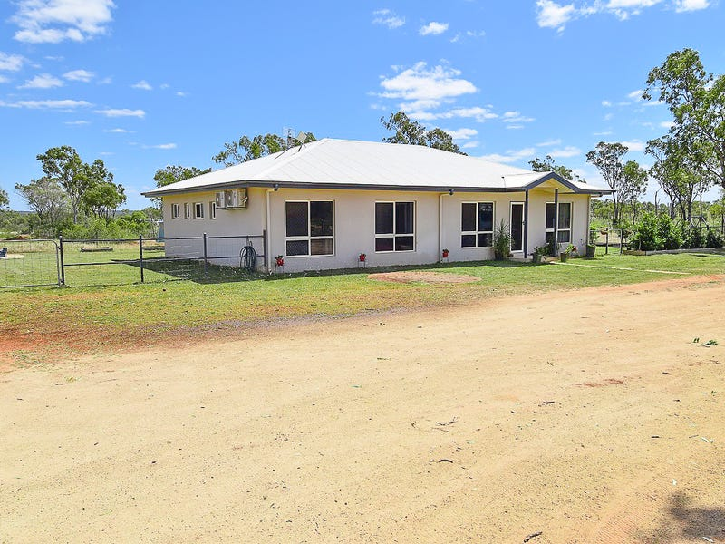34 Josh Road, Southern Cross, Qld 4820