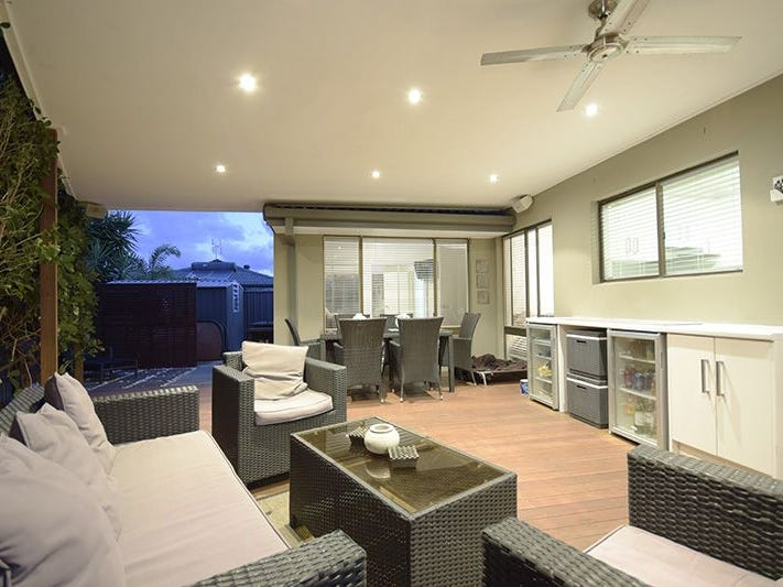 1/24 Wagtail Court, Burleigh Waters, Qld 4220