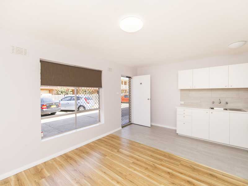 11/9 MacQuoid Street, Queanbeyan East, NSW 2620