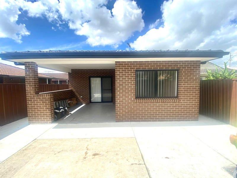 33A St Kilda Street, St Johns Park, NSW 2176