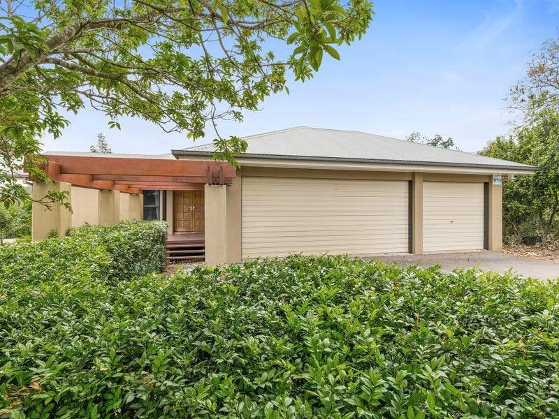 6 Mountain Ash Place, Brookwater, Qld 4300