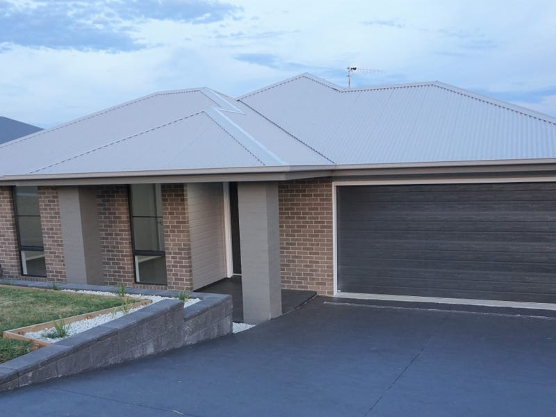 57 Kidd Circuit, Goulburn, NSW 2580