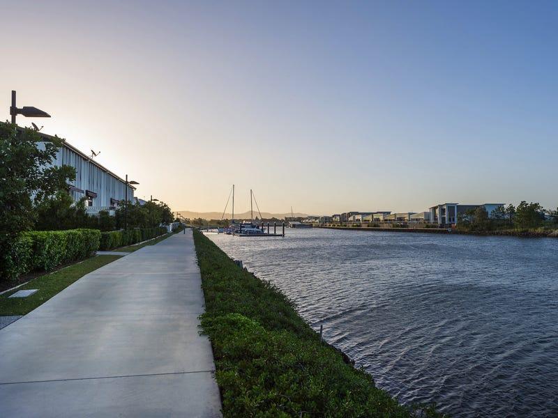 21/126 Marina Quays Bvd, Hope Island, Qld 4212
