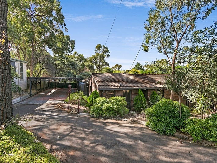 34 Shelley Street, Spring Gully, Vic 3550