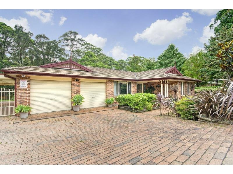 13 Tartarian Crescent, Bomaderry, NSW 2541