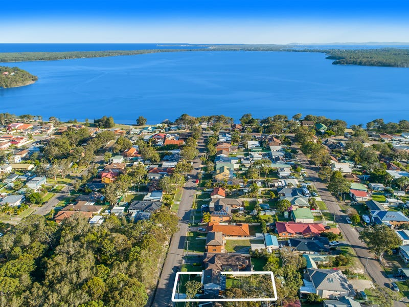 32 Bodalla Road, Lake Munmorah, NSW 2259