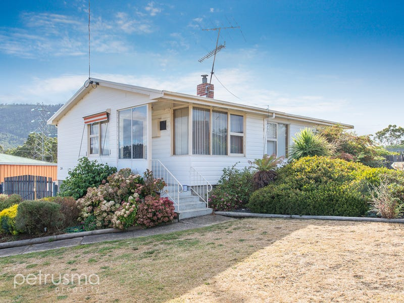 24 Dixon Street, New Norfolk, Tas 7140