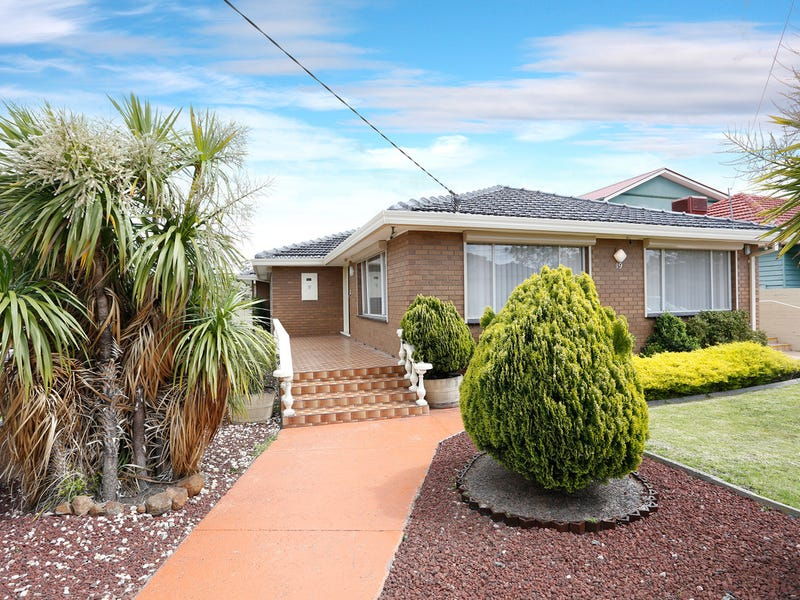 19 Station Avenue, St Albans, Vic 3021