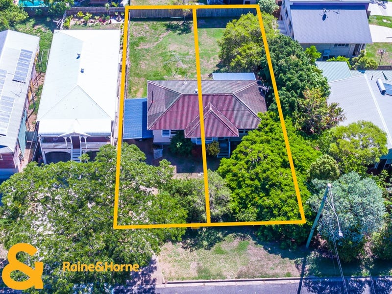 201 Scarborough Road, Scarborough, Qld 4020
