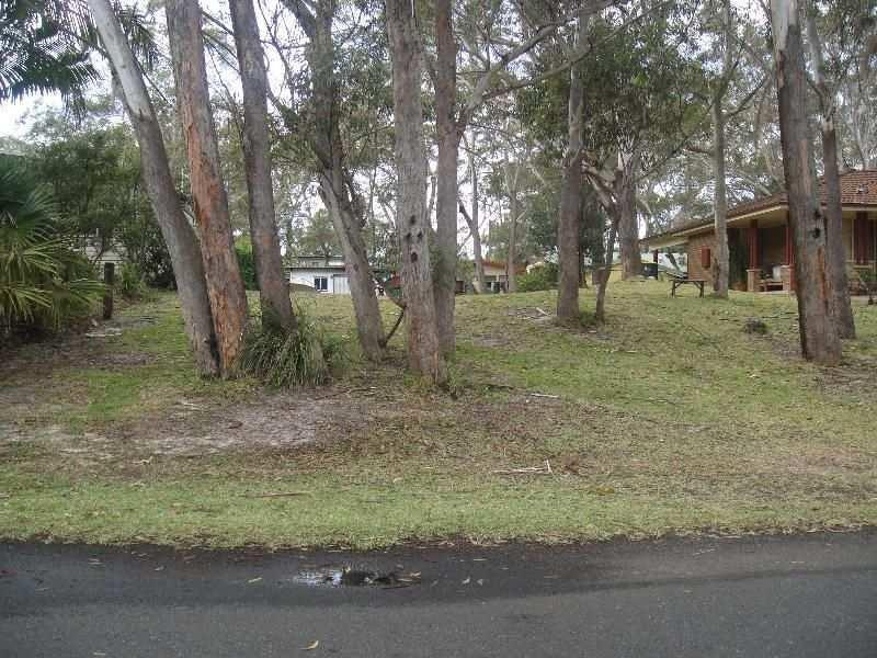 34 Dolphin Avenue, Hawks Nest, NSW 2324