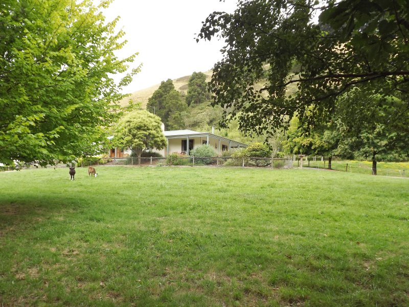1059 Allambee Estate road, Hallston, Vic 3953