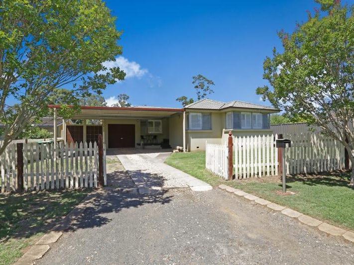 2 Panorama Crescent, Freemans Reach, NSW 2756