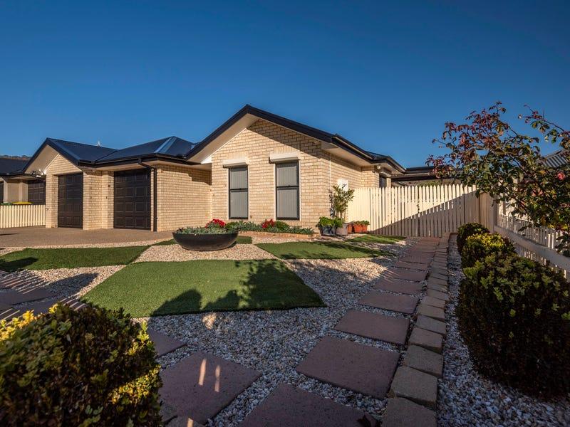 20 Stonehaven Circuit, Queanbeyan East, NSW 2620