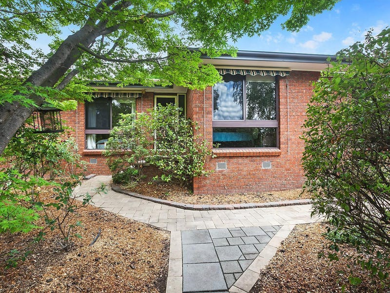28 Max Henry Crescent, Macarthur, ACT 2904