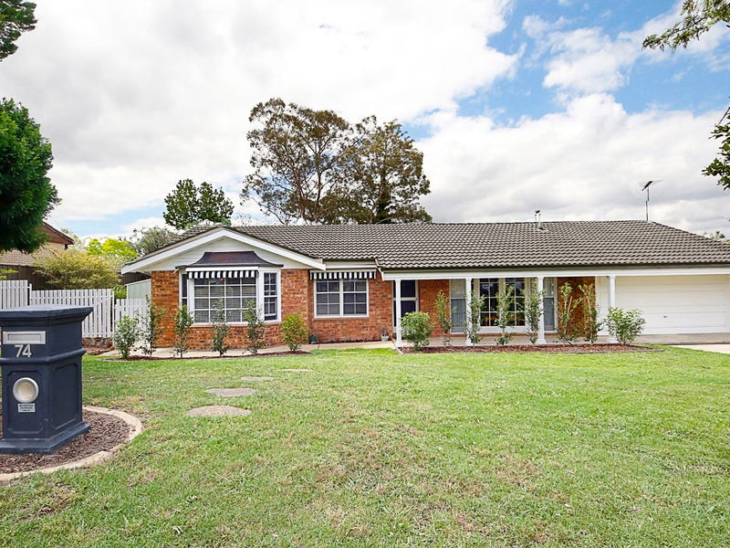 74 Farm Road, Springwood, NSW 2777