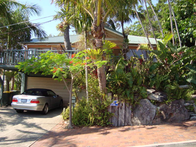 8 Brake Street, Burleigh Heads, Qld 4220