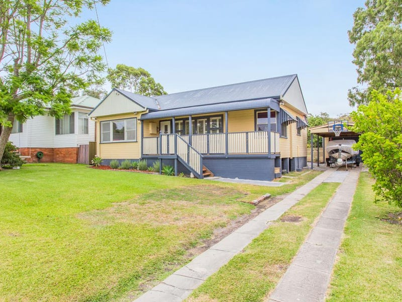 54 Excelsior Parade, Carey Bay, NSW 2283