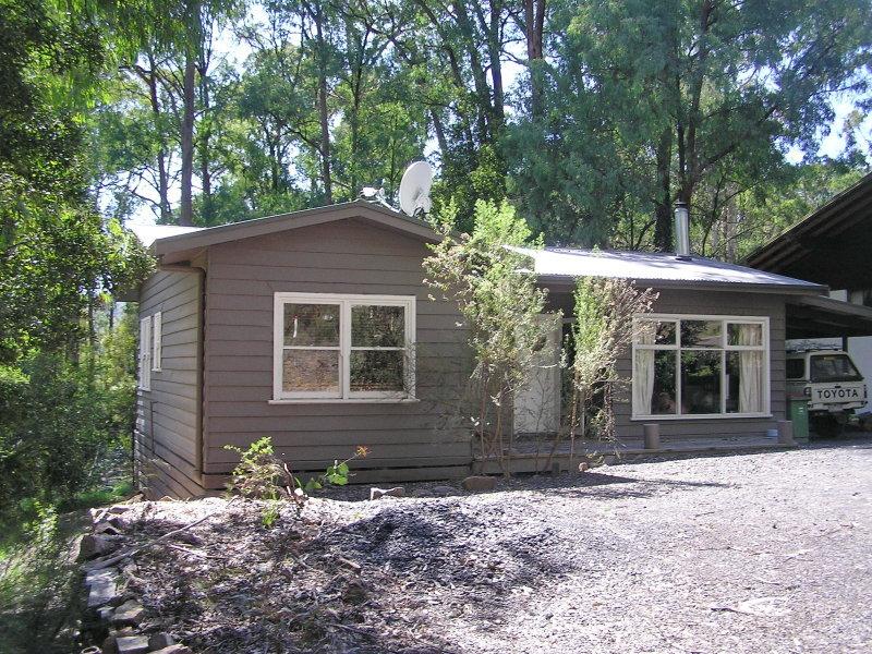 7 Rosella Street, Sawmill Settlement, Vic 3723