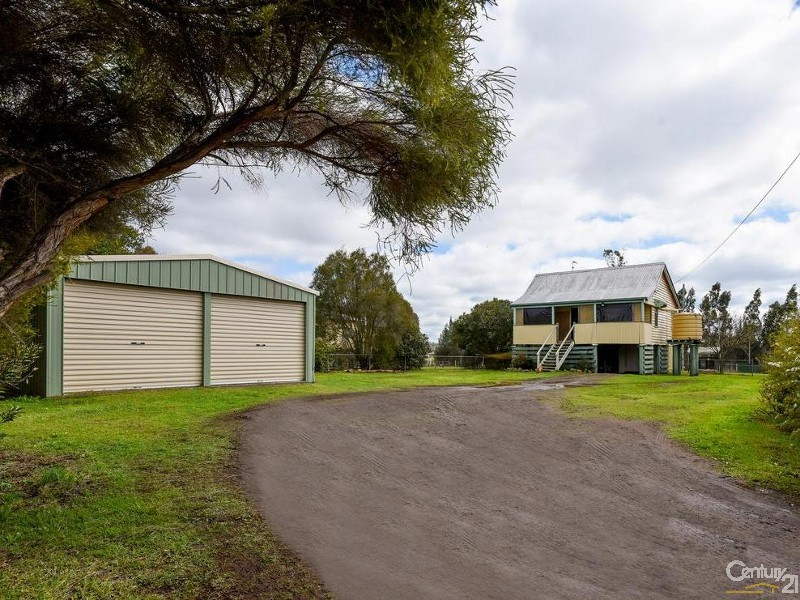 6 Lucy Street, Cambooya, Qld 4358