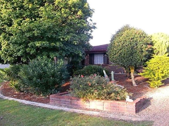 22 Bushland Drive, Regents Park, Qld 4118