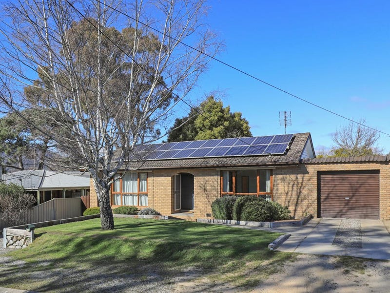 14 Anne Road, Woodend, Vic 3442
