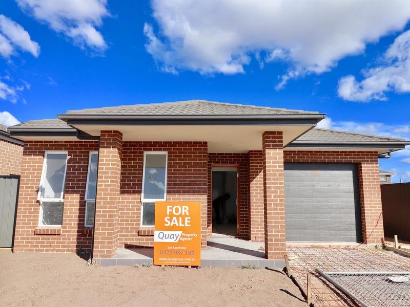 68 Donovan Boulevarde, Gregory Hills, NSW 2557