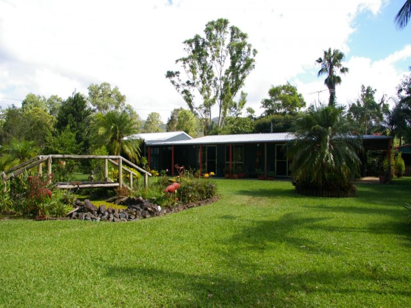 902 Aherns Road, Conondale, Qld 4552