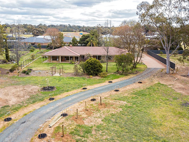 22 Maiden Smith Drive, Moama, NSW 2731