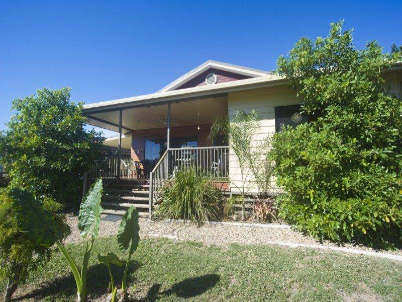 100 Gifford Street, Horseshoe Bay, Horseshoe Bay, Qld 4819