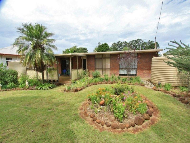 74 Bell Street, Kumbia, Qld 4610