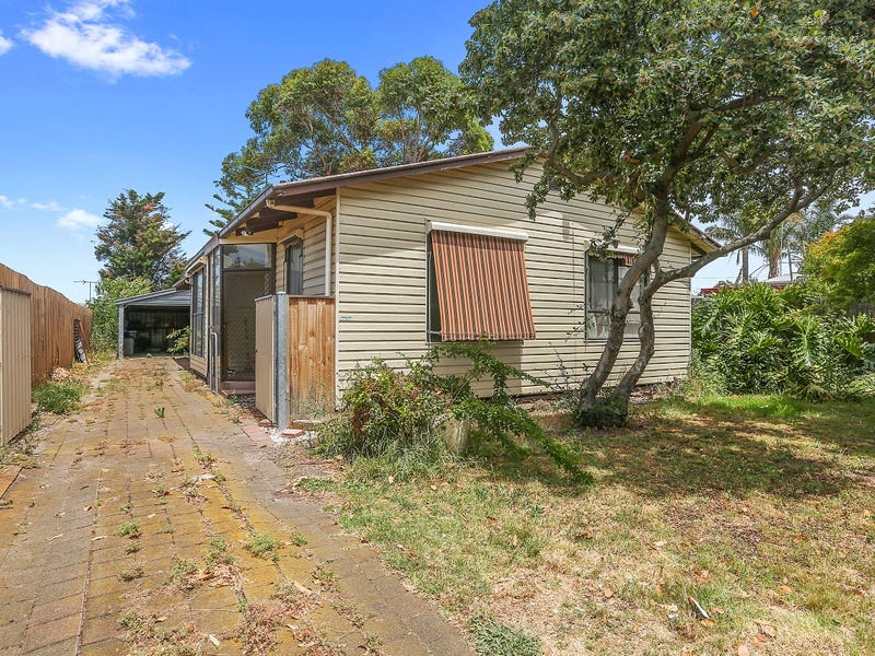 1 Rose Avenue, Norlane, Vic 3214