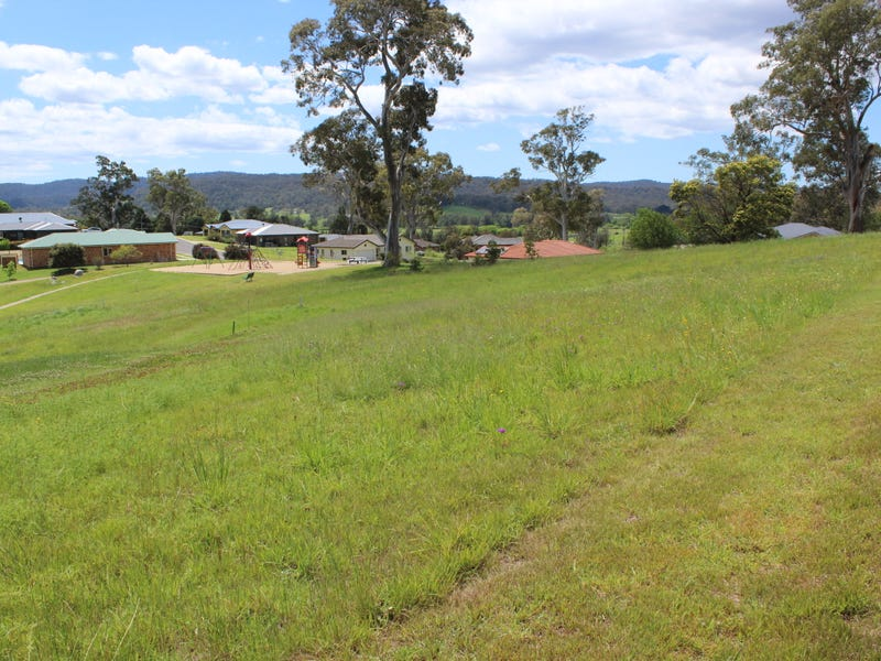 2 Bridle Place, Bega, NSW 2550