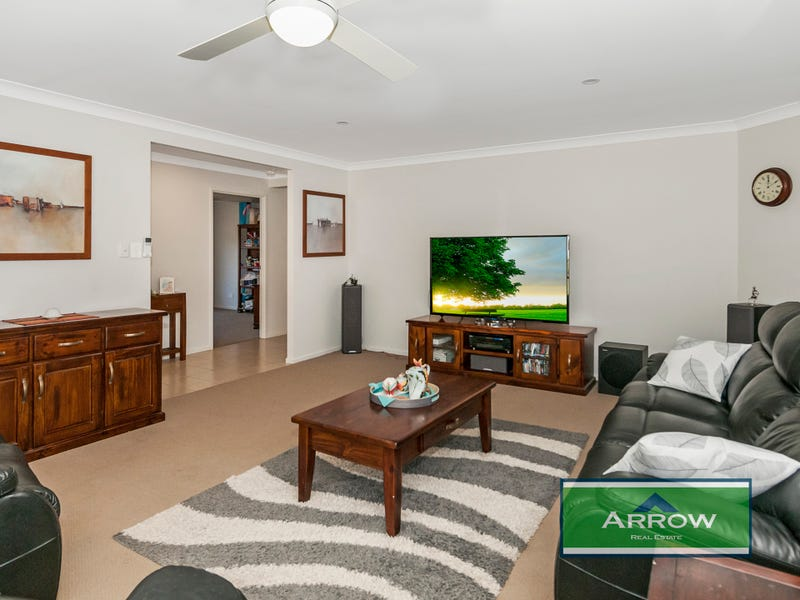 27-31 Foxtail Court, Woodhill, Qld 4285
