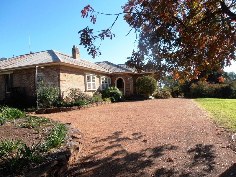 889 Gumble Road, Cumnock, NSW 2867