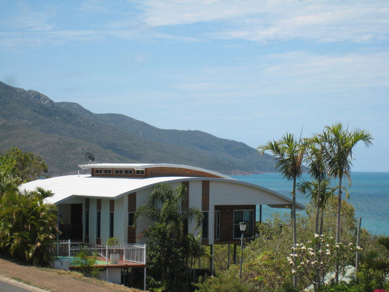 7  Blackcurrant Drive, Hideaway Bay, Qld 4800