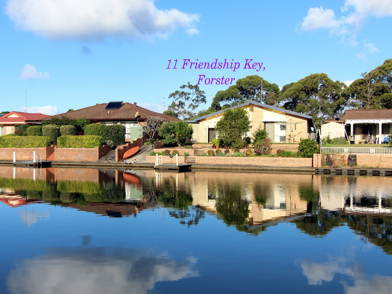 11 Friendship Key, Forster, NSW 2428