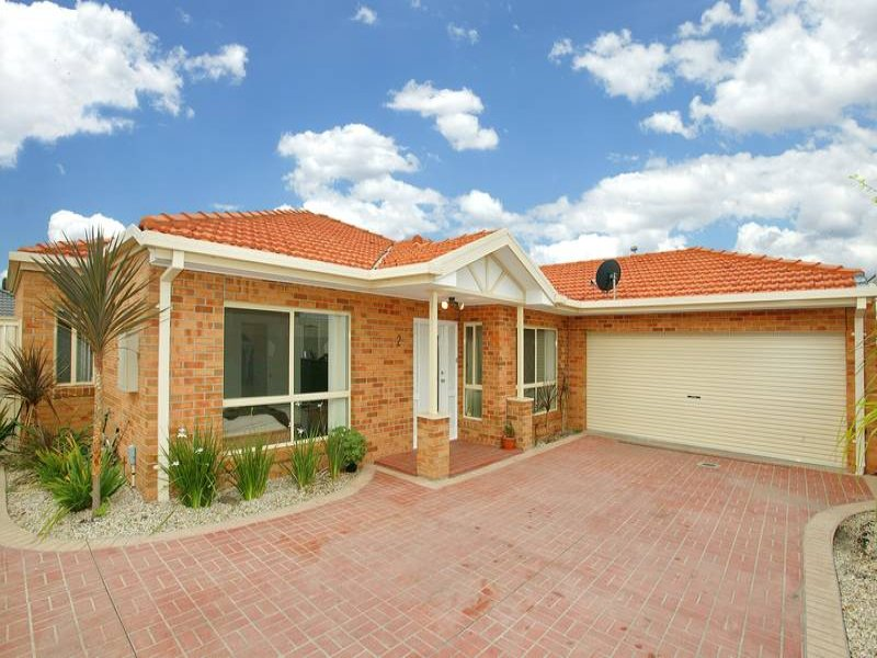 2/18 WYNETTE CLOSE, Epping, Vic 3076