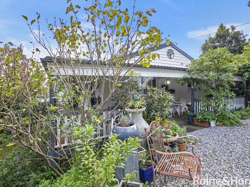 7 Ross Street, Bundanoon, NSW 2578