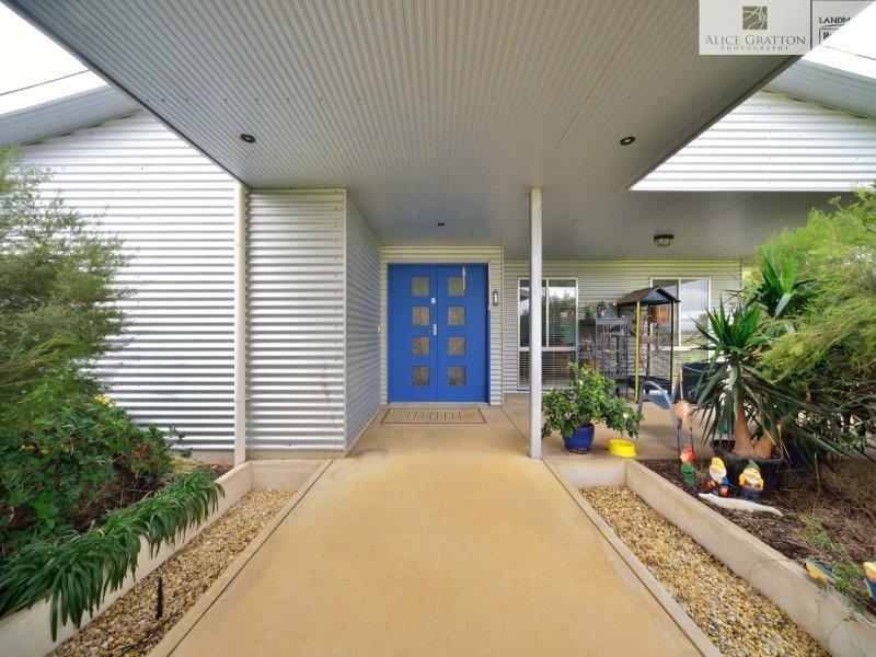 2 Spring Drive, Corowa, NSW 2646