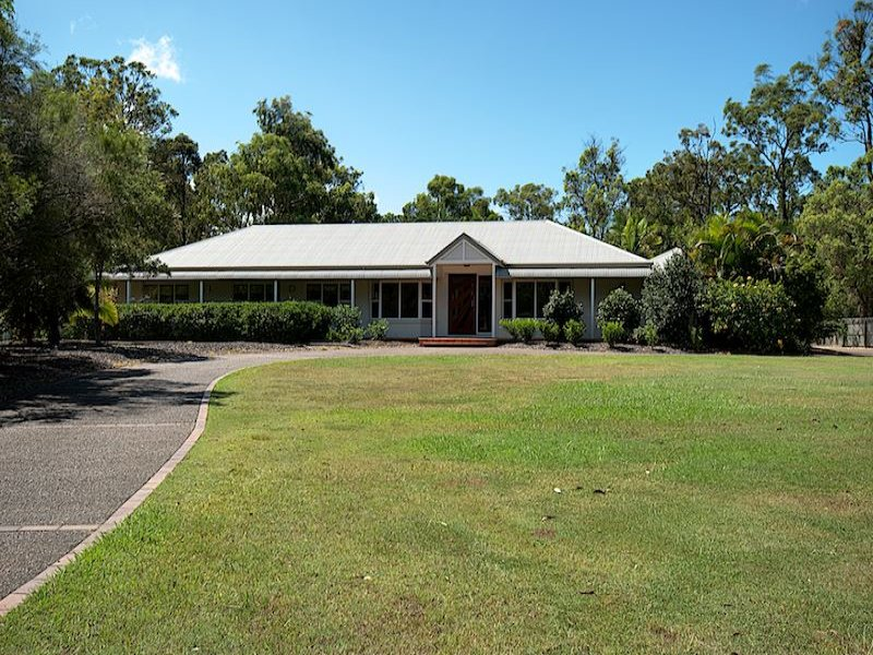 8 Beausang Place, Ormeau, Qld 4208