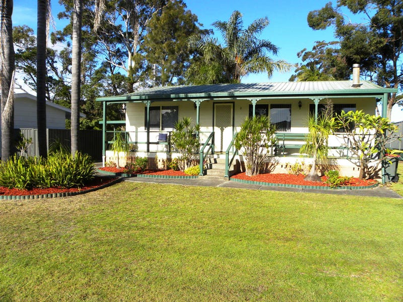 2 Corang Avenue, Sussex Inlet, NSW 2540