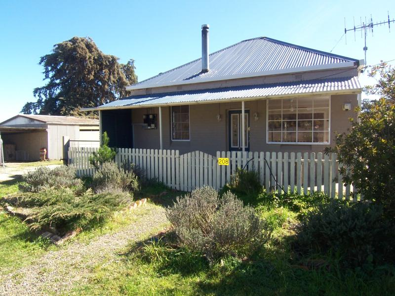 208 Old South Rd Yarra, Goulburn, NSW 2580