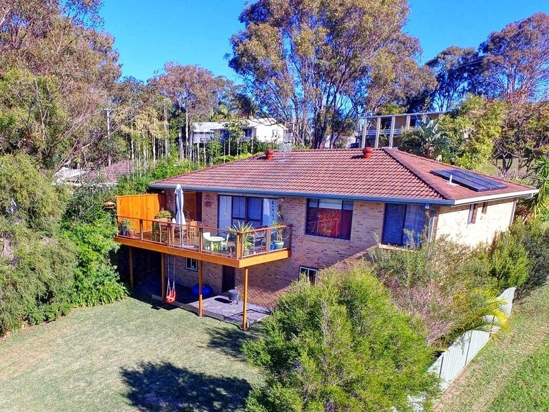 104 Seabreeze Parade, Green Point, NSW 2428
