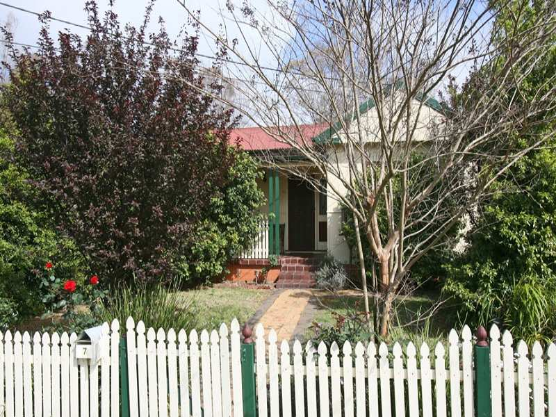 1/7 Barker Street, Cambridge Park, NSW 2747