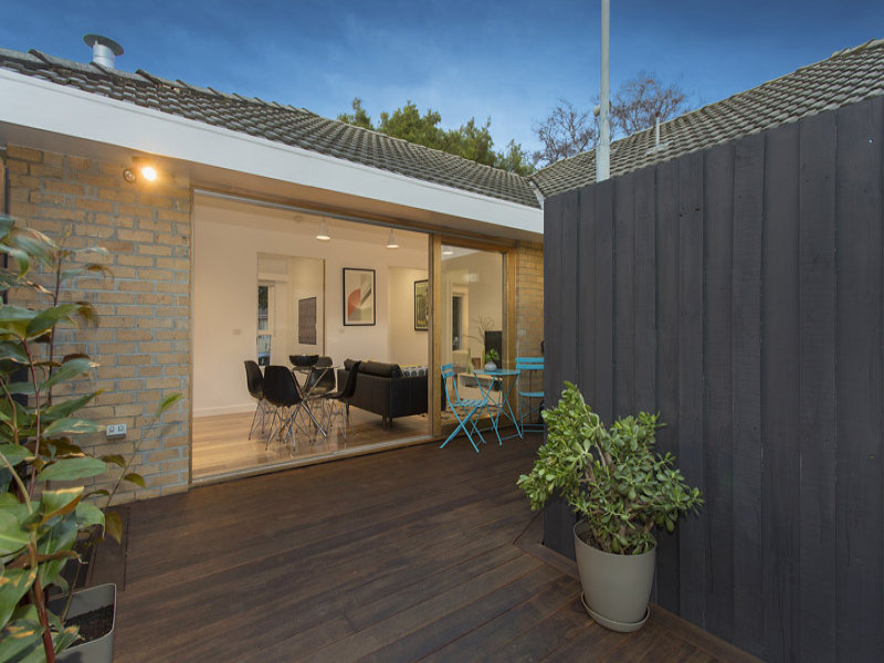 2/154 Neerim Road, Caulfield East, Vic 3145