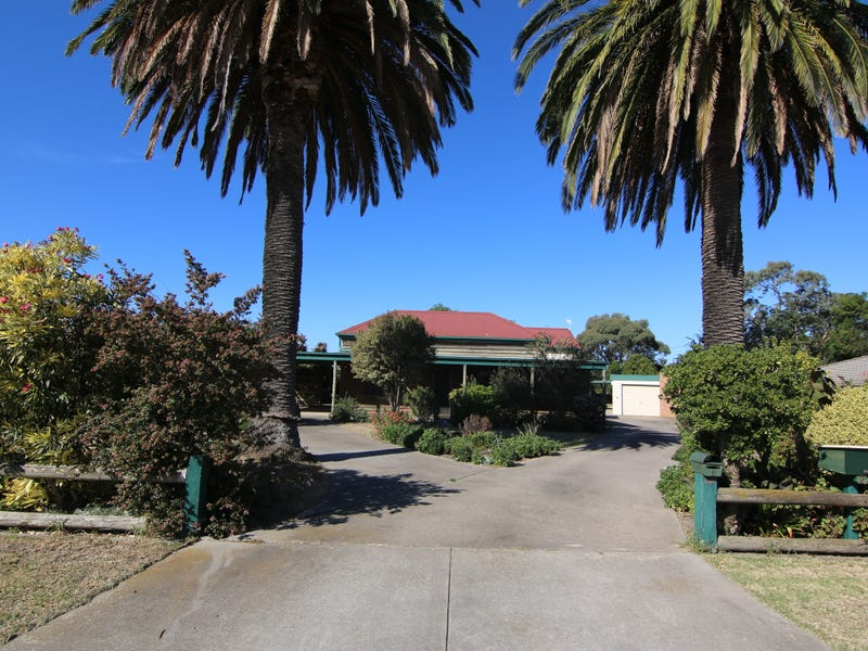 22 Charles, Lucknow, Vic 3875