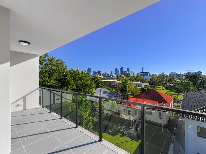 203/24-26 Bromley, Kangaroo Point