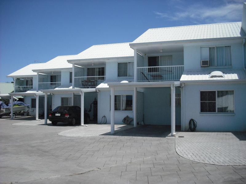 99 Westcott Avenue, Sarina Beach, Qld 4737